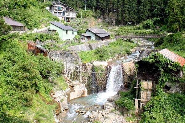 dzhigokudani-obezyaniy-park2
