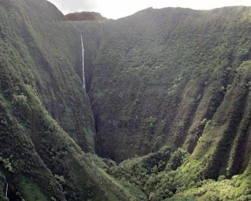 Самые высокие водопады мира: Пуукаоку